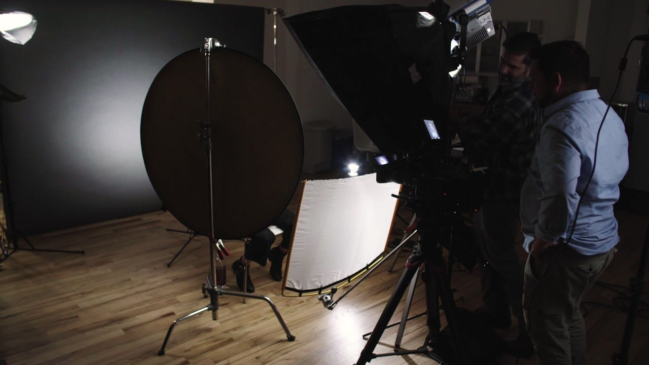 silk diffusion as a fill light with reflector
